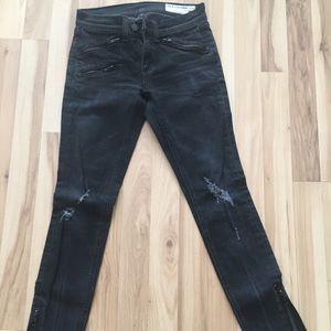 Rag & Bone size 27 rocker jeans 😎